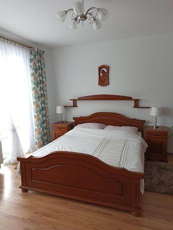 Sypialnia , meble sypialniane, łóżko, szafa, komoda drewniana