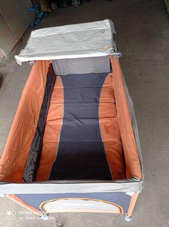 Кроватка-манеж дитяча з першого дня до трьох років.