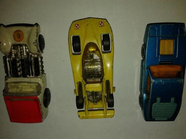 samochody kolekcjonerskie firmy Matchbox i Corgi Juniors