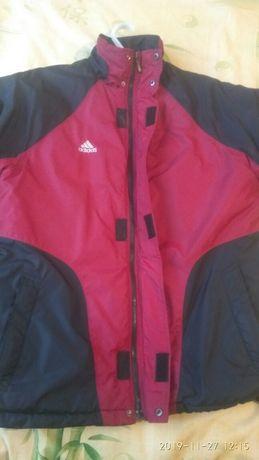 Продам спортивную курточку adidas