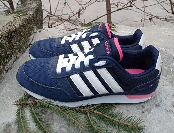 Кроссовки Adidas размер 38. Оригинал