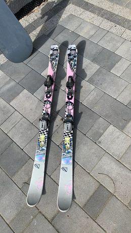 Dziecięce narty slalomowe