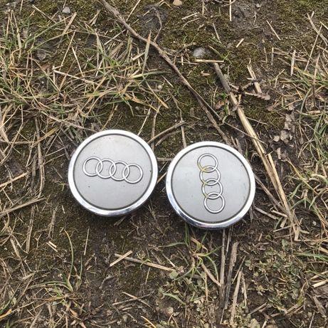 Продам пару заглушок для колісного диска Audi оригінал