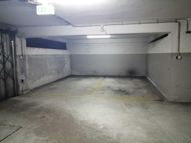 Vendo lugar de garagem