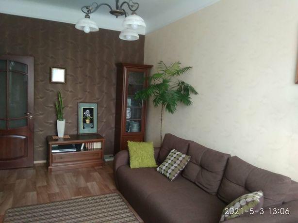 Квартира сталінка 2-кімнатна центр Луцьк