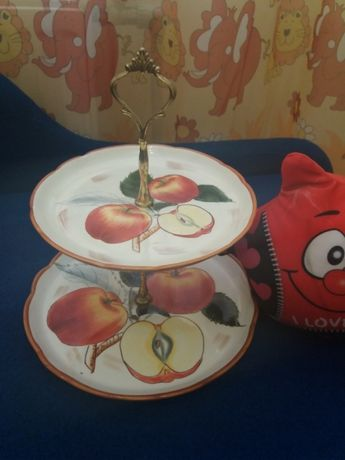 Тарелка для фруктов)