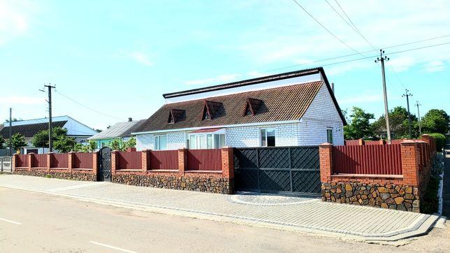 Чудовий будинок в центрі смт Тростянець