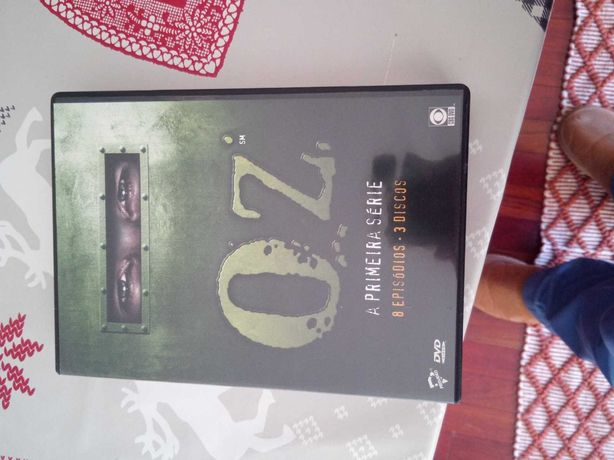 dvd da série OZ- 1º temporada
