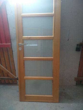 Drzwi drewniane  łazienka prawe