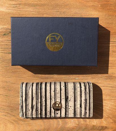 Portfel damski skórzany skóra naturalna w pudełku duży czarne paski
