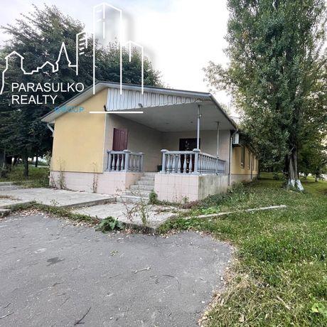 Продам комерційне приміщення в Дунаївцях.