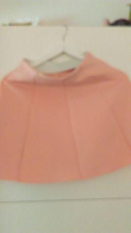 Różowa rozkloszowana spodnica Sinsay roz.XS