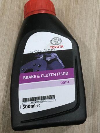 0882380111 Оригинал тормозная жидкость Toyota Dot 4 Lexus 0,5л