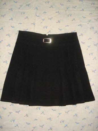 юбка черная в складку