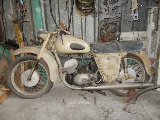 Мотоцикл ИЖ Юпитер-2 1968 г. в оригинале