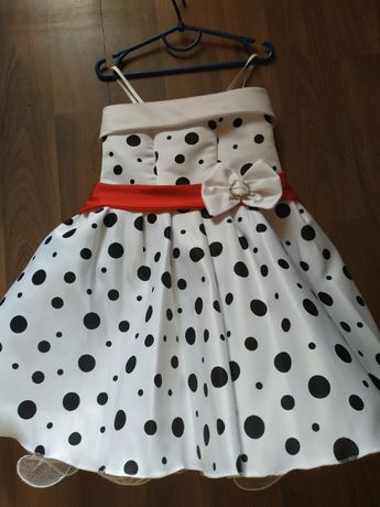 Платье в горошек стиляги с перчатками