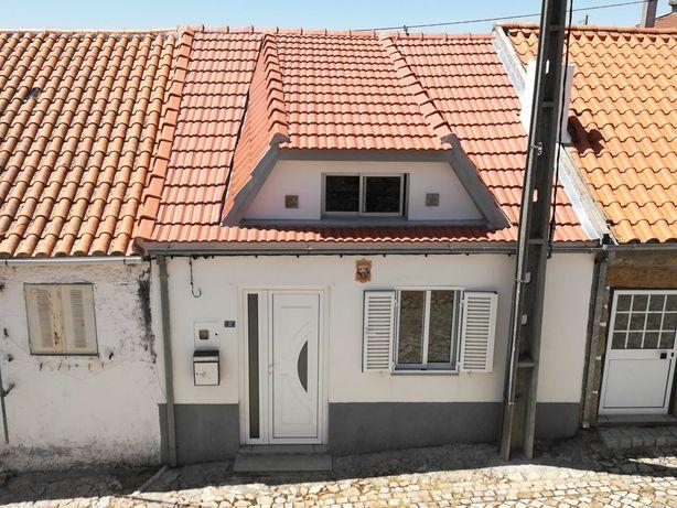 Moradia 3 pisos Aldeia Beirã