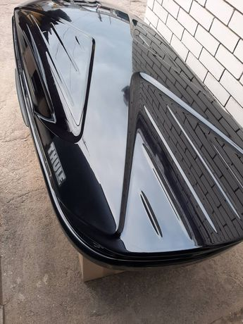 Thule Excellепсе Black автобокс.