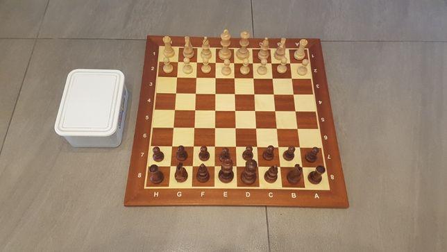 Szachownica drewniana i figury szachowe typu Staunton nr 5