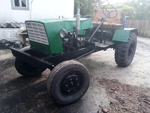Саморобний трактор т 25