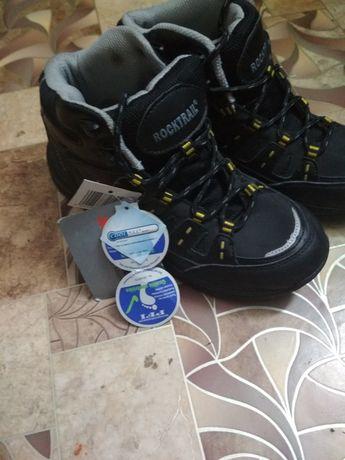 Зимові ботинки,39 розміру