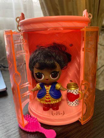Кукла LOL с волосами, в идеальном состоянии.