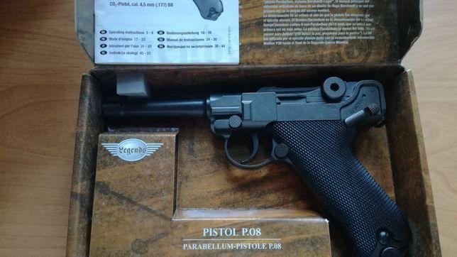 "Replika pistoletu Wehrmacht  P08 ""  Parabellum "" produkcji Umarex"