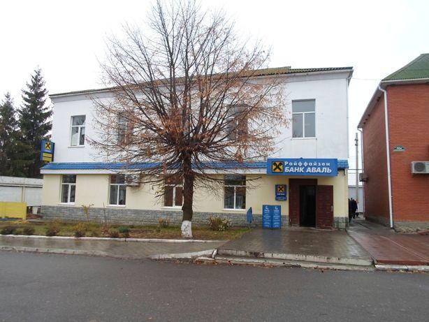 Нежитлові приміщення в центрі смт. Теплик, вул.Незалежності, 38