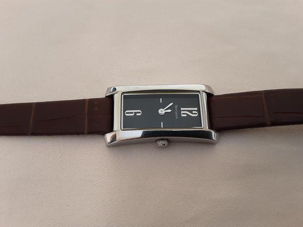 Часы Pierre Lannier . Registered model.Wafer-resistant.