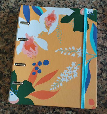 Caderno criativo com argolas NOVO