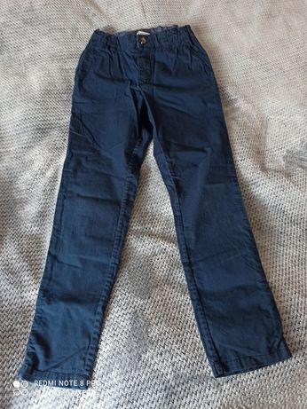 Spodnie chłopięce 134