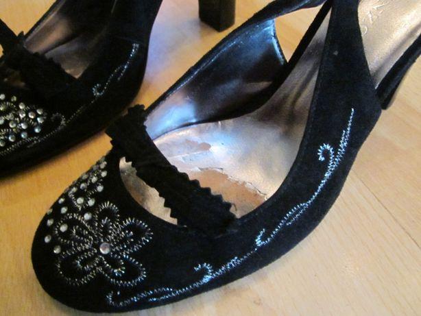 Туфли замшевые черные с вышивкой,устойчивый каблук размер 36