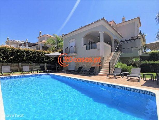 Moradia T4+1 com piscina em Vale Formoso, Almancil