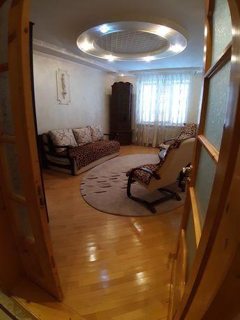 Продається 2 кімнатна новобудова, вул. Героїв Майдану
