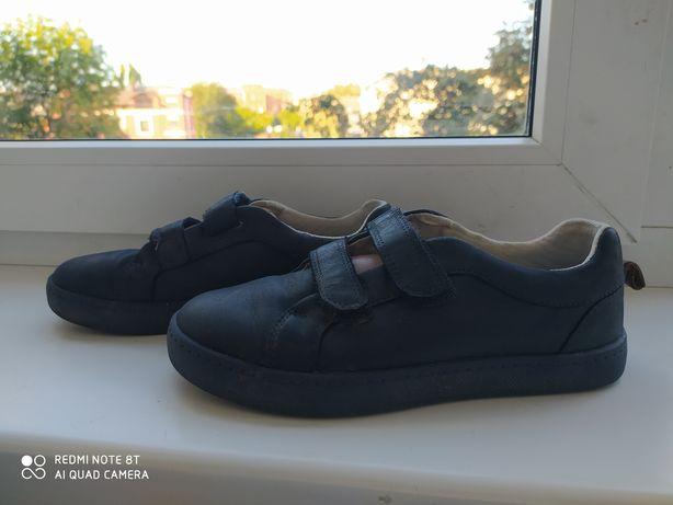 Продам осенние туфли кожа
