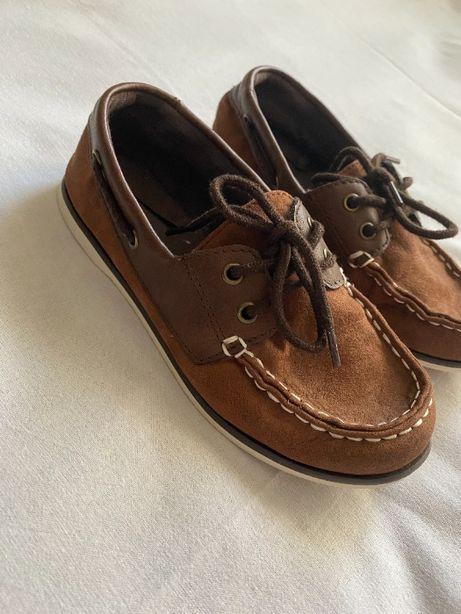 """Продам мокасины-туфли """"Old Navy"""" на мальчика, 32 размер."""