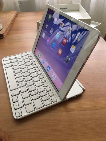 iPad mini 1 (16 gb) + klawiatura Logitech + rysik Wacom Bamboo