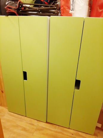 Armário ikea verde e branco