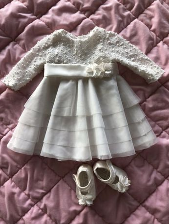 Komplet sukienka i buciki na chrzest 62