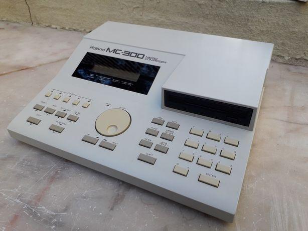 Roland MC-300 Microcomposer - Sequencer