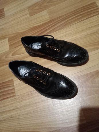 Обувь 36 размер 23 см стелька