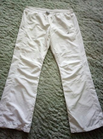 Продам фирменные спортивные штаны