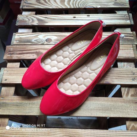 Акція !!! Жіноче взуття.Розпродаж.Туфлі.Ботинки.Балетки.Кросівки.