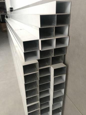Barras / tubos em alumínio branco