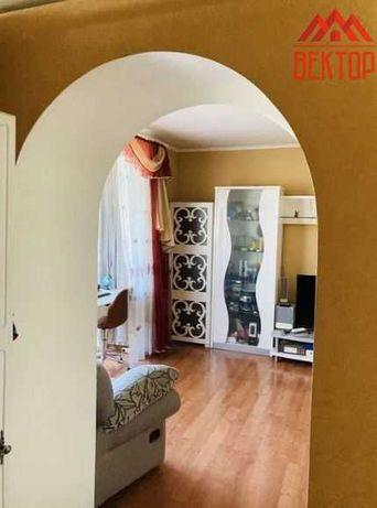 Большая видовая 1 комнатная квартира с ремонтом в центре!