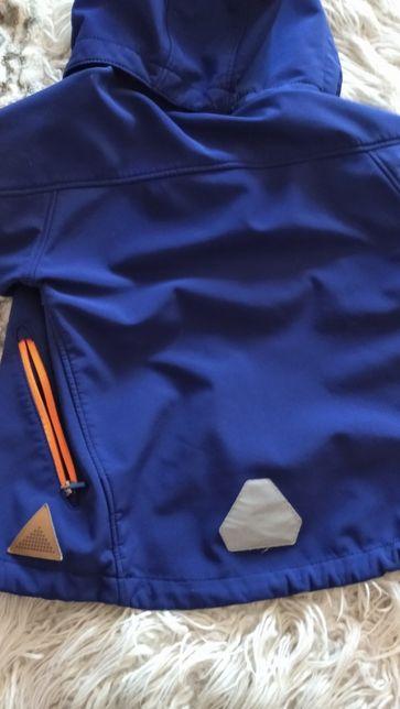Ветровка, куртка на мальчика 4-6 лет