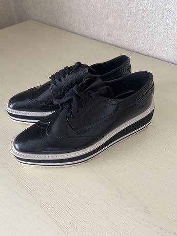 Туфли лоферы броги оксфорды на платформе prada новые