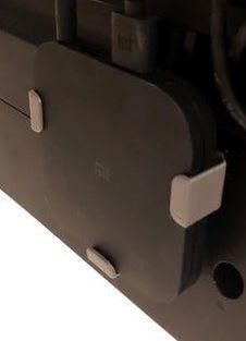 Xiaomi Mi BOX S 4k dyskretny montaż, ukryj urządzenie za TV