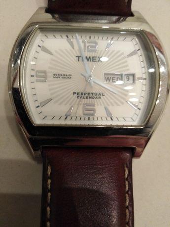Zegarek Timex - z datowikiem