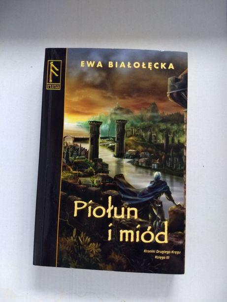Piołun i miód - Ewa Białołęcka